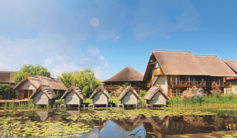 Locuri de poveste din România: Green Village Resort