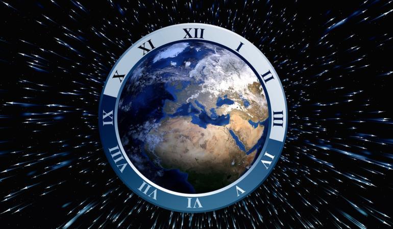 Timpul pe Pământ s-a scurtat? Avem la dispoziție 24 sau 16 ore într-o zi?