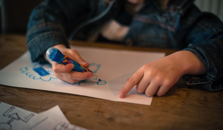 Experiențele părinților cu cei mici la locul de muncă. O zi internațională mai aparte