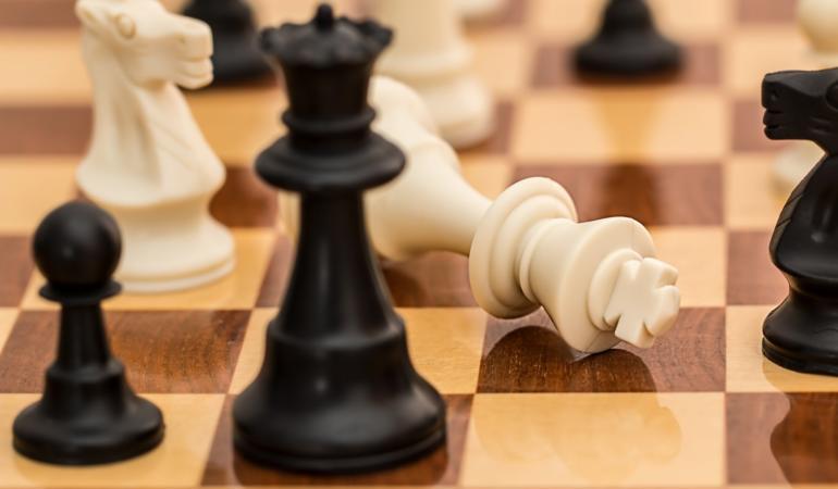 20 iulie – Ziua Internațională a Șahului. Sport sau joc?