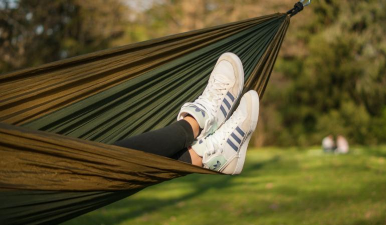 IN TREND. Adidasii – cel mai popular tip de încălțăminte