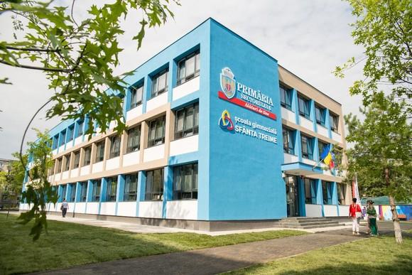 A fost inaugurată în cea mai modernă școală în București