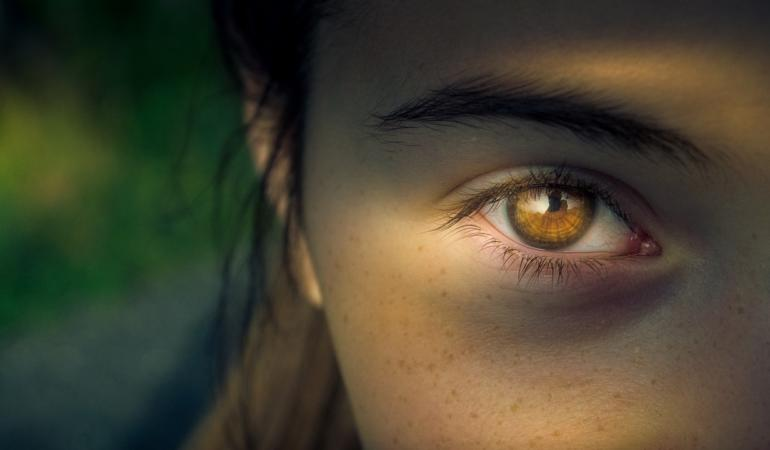 EXPRESIA SĂPTĂMÂNII – A bate la ochi