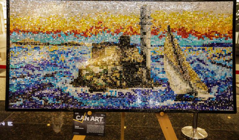 Tablouri din aluminiu reciclat – Reciclare transformată în artă