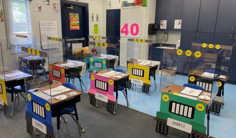 Din bancă în Jeep – Reîntoarcerea la școală