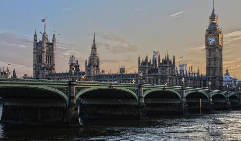 În Marea Britanie reprezentanții universităților nu doresc cursuri față în față