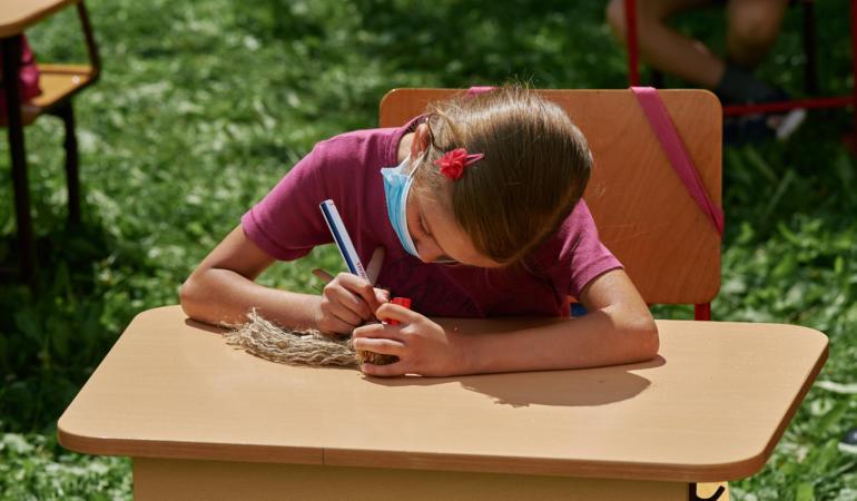Salvați Copiii – Reacție la anunțul președintelui Iohannis privind noul an școlar
