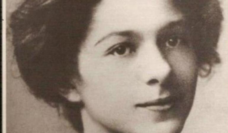 prima femeie doctor în filozofie