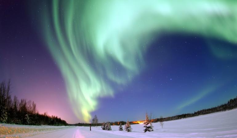 Luminile Nordului pe cerul Timișoarei: spectacol nemaivăzut