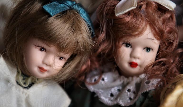 Pediophobia – frica de păpuși