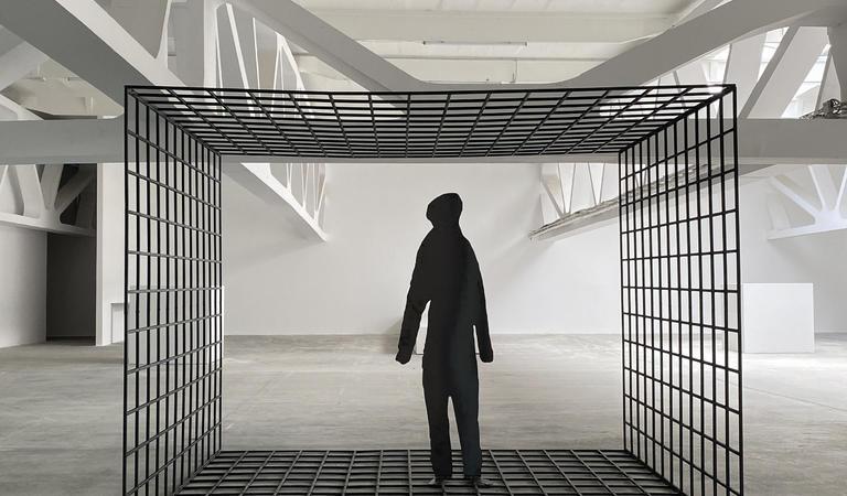Kunsthalle Bega îi invită pe timișoreni să descopere SENSUL SCULPTURII