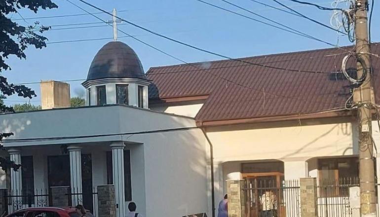 Elevii unui liceu din Tulcea vor face școala într-o capelă mortuară