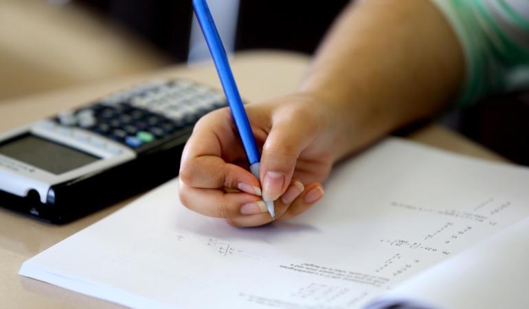 97% rata de prezență la prima probă a examenului de Bacalaureat. Câți candidați au fost eliminați și de ce