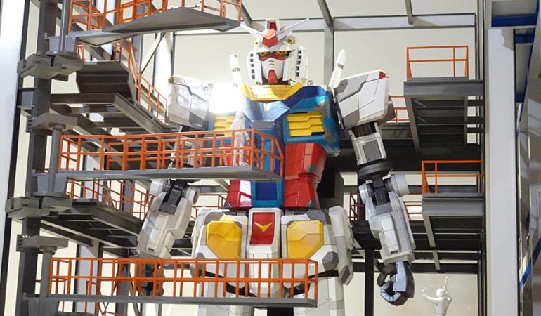Roboții uriași există!