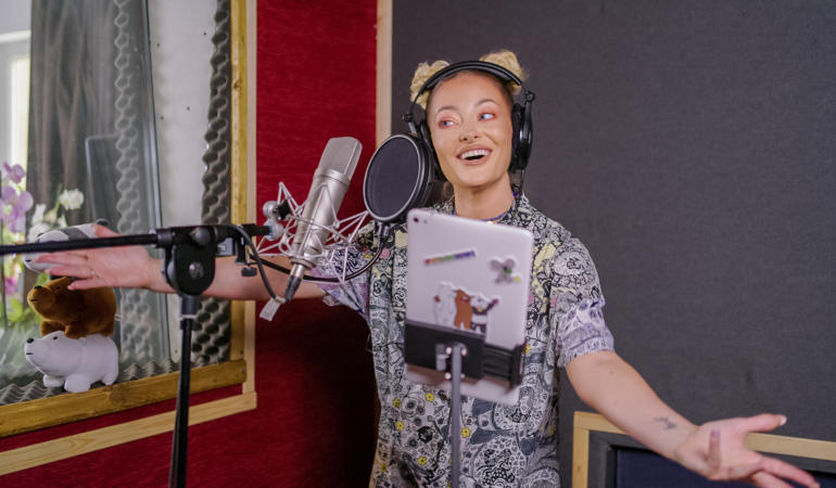 Delia va interpreta vocea unui personaj dintr-un film de animație