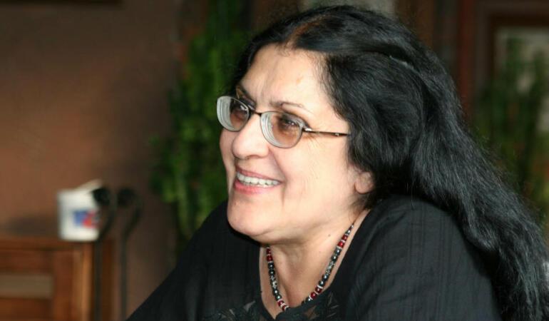 Interviu cu Adriana Babeți-O discuție despre viață, cărți și adolescență. Care este secretul unui bun scriitor și profesor?