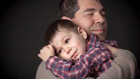 Un părinte prea protectiv crește inconștient un viitor adult incapabil
