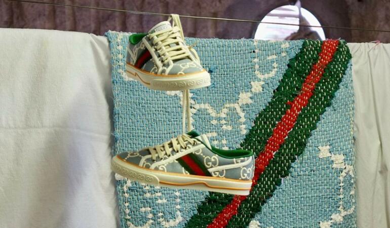 IN TREND: Gucci a scos pe piață pantofii digitali