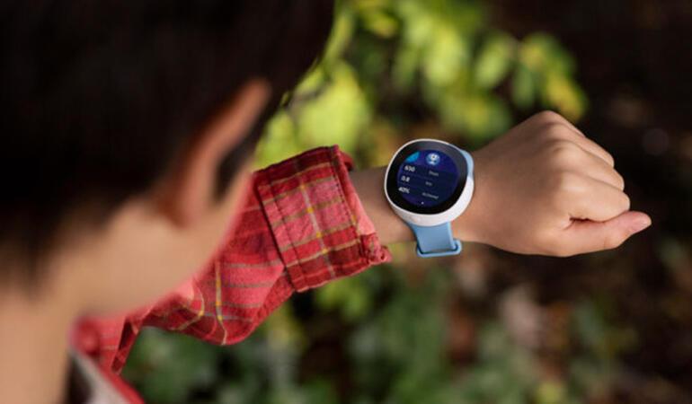 Neo smartwatch – ceasul inteligent pentru copii