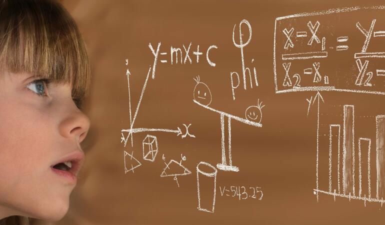 România, clasată sub media internațională la matematică și științe