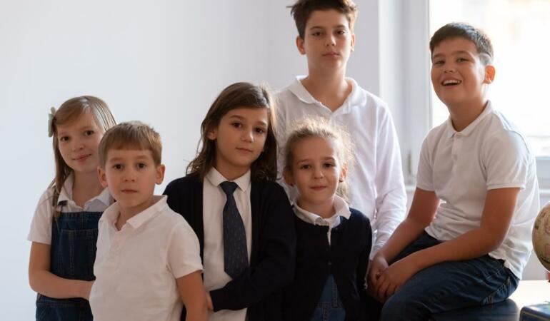 S-a deschis prima școală  pentru copiii supradotați din România