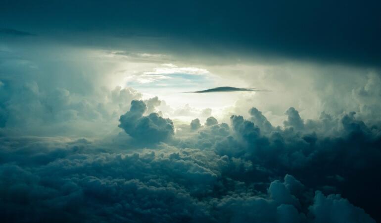 EXPRESIA SĂPTĂMÂNII – În al nouălea cer