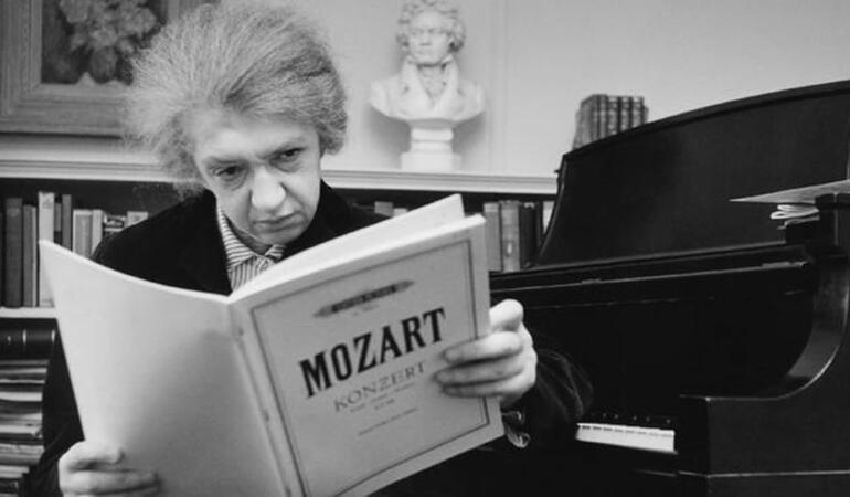 geniul pianului din România
