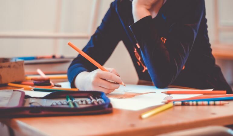 Mii de elevi riscă să nu-și poată încheia media pe semestrul I