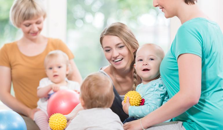 Mămicile prietene sunt ideea perfectă pentru copii sănătoși şi fericiți