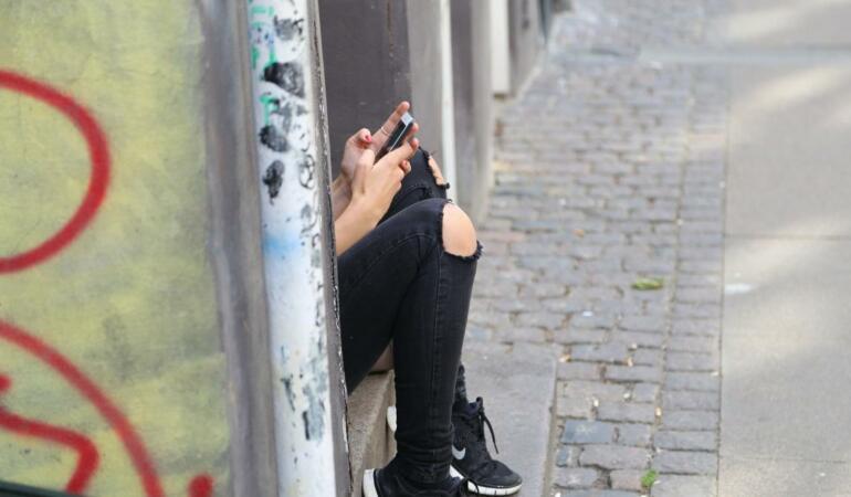 Mai mult de jumătate dintre copiii sub 12 ani au cont pe social media