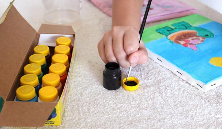 """""""Raze de soare pline de culoare"""" – concurs național de creativitate pentru copii. Cum participați"""