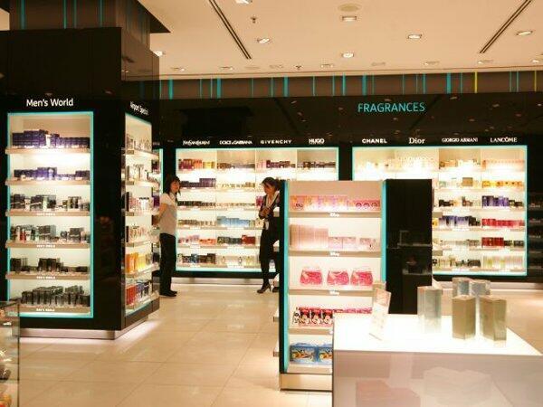 IN TREND: Cât costă cele mai iubite parfumuri lansate de vedete