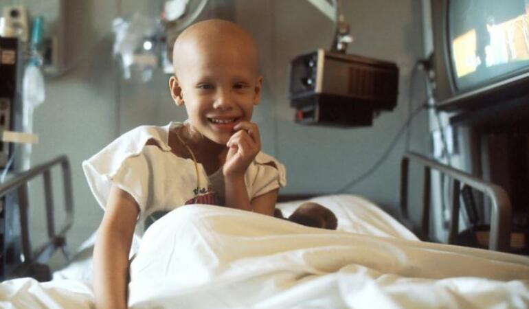 S-a inventat prima aplicație pentru copiii bolnavi de cancer