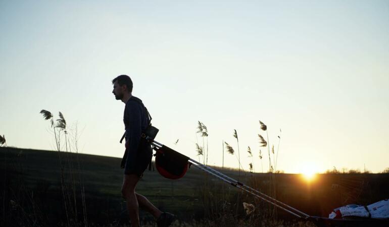 Un bărbat a alergat 620 km pentru copiii bolnavi de cancer