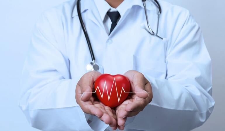 O meserie care vindecă inimi. Mioara Cocora – chirurg cardiac