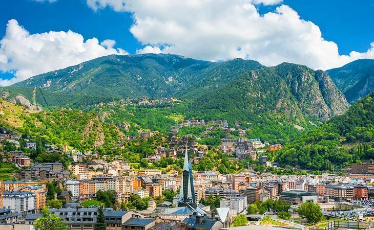 Andorra a sărbătorit Ziua Arborelui prin împădurire și povești