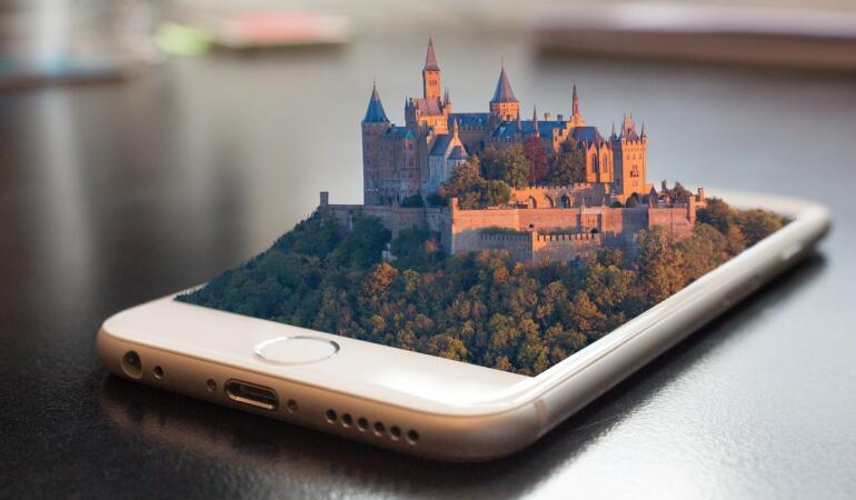 Vizită online la palate și castele din întreaga lume
