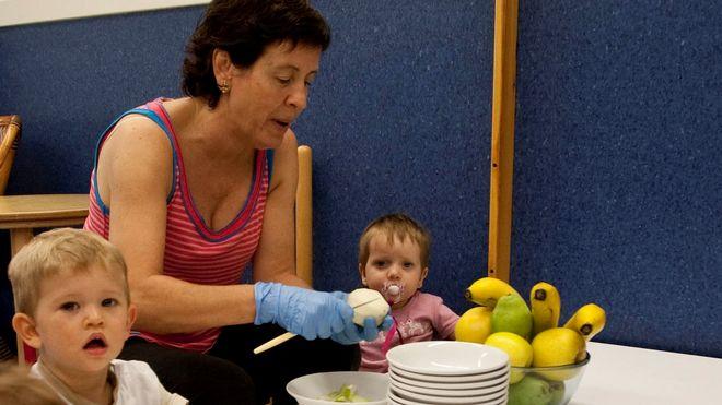 Cum pot fi convinși copiii să mănânce vegetarian?