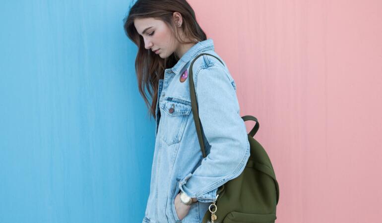 IN TREND: Genți și rucsacuri potrivite pentru fete și băieți