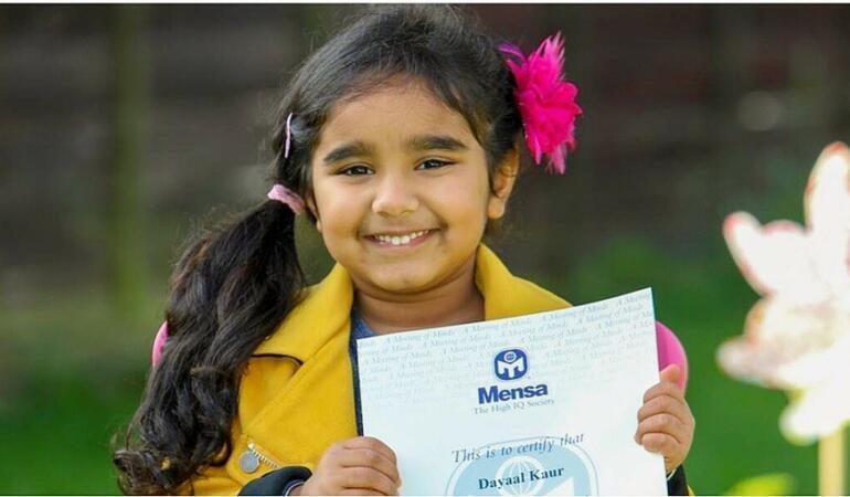 O fetiță de patru ani are un IQ comparabil cu al lui Einstein