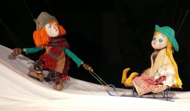 """Arad – Teatrul de Marionete prezintă """"Crăiasa zăpezilor"""""""