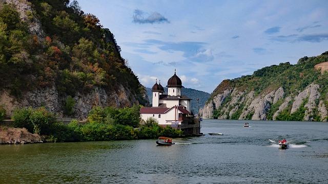 Cel mai frumos fluviu din Europa. Dunărea