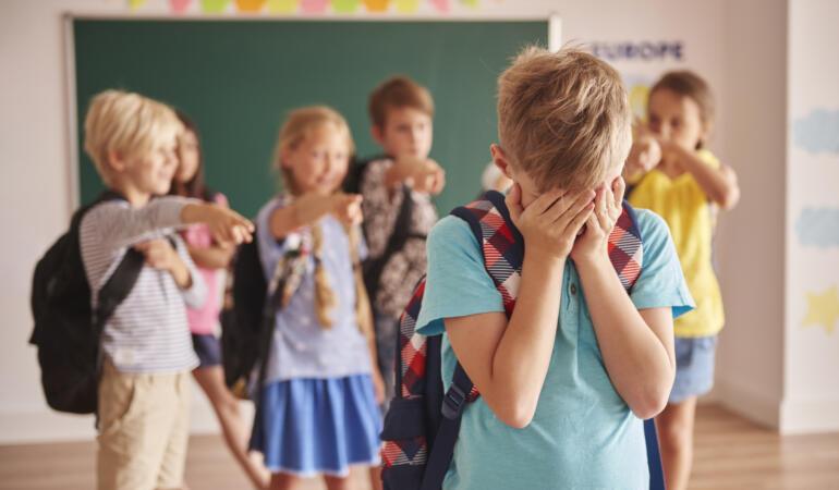 Reacțiile oamenilor cu privire la crearea unui grup anti-bullying în școli