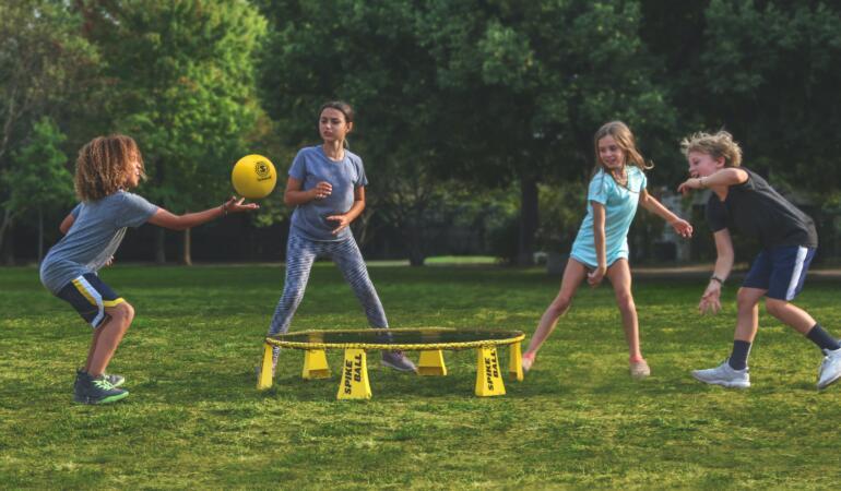 """""""Străzi pentru comunitate"""" – activități culturale și sportive pentru copii"""
