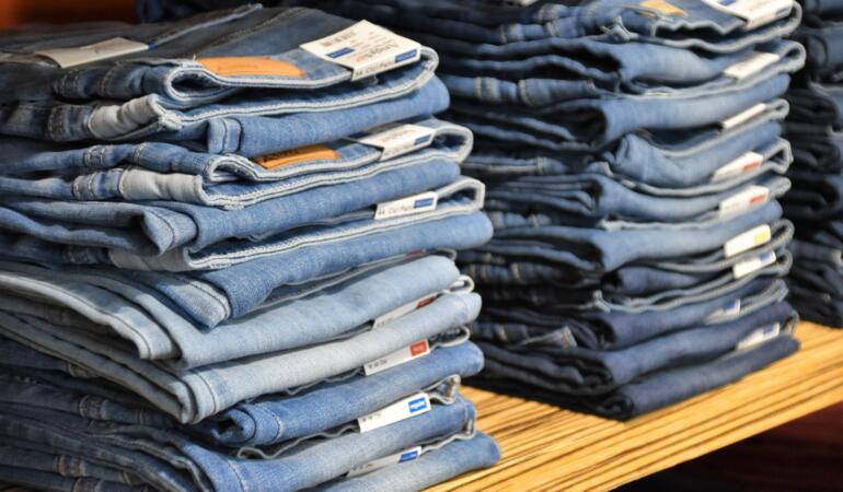 IN TREND: Adevărul despre măsurile hainelor. De ce aceleași măsuri au mărimi diferite, chiar la același brand