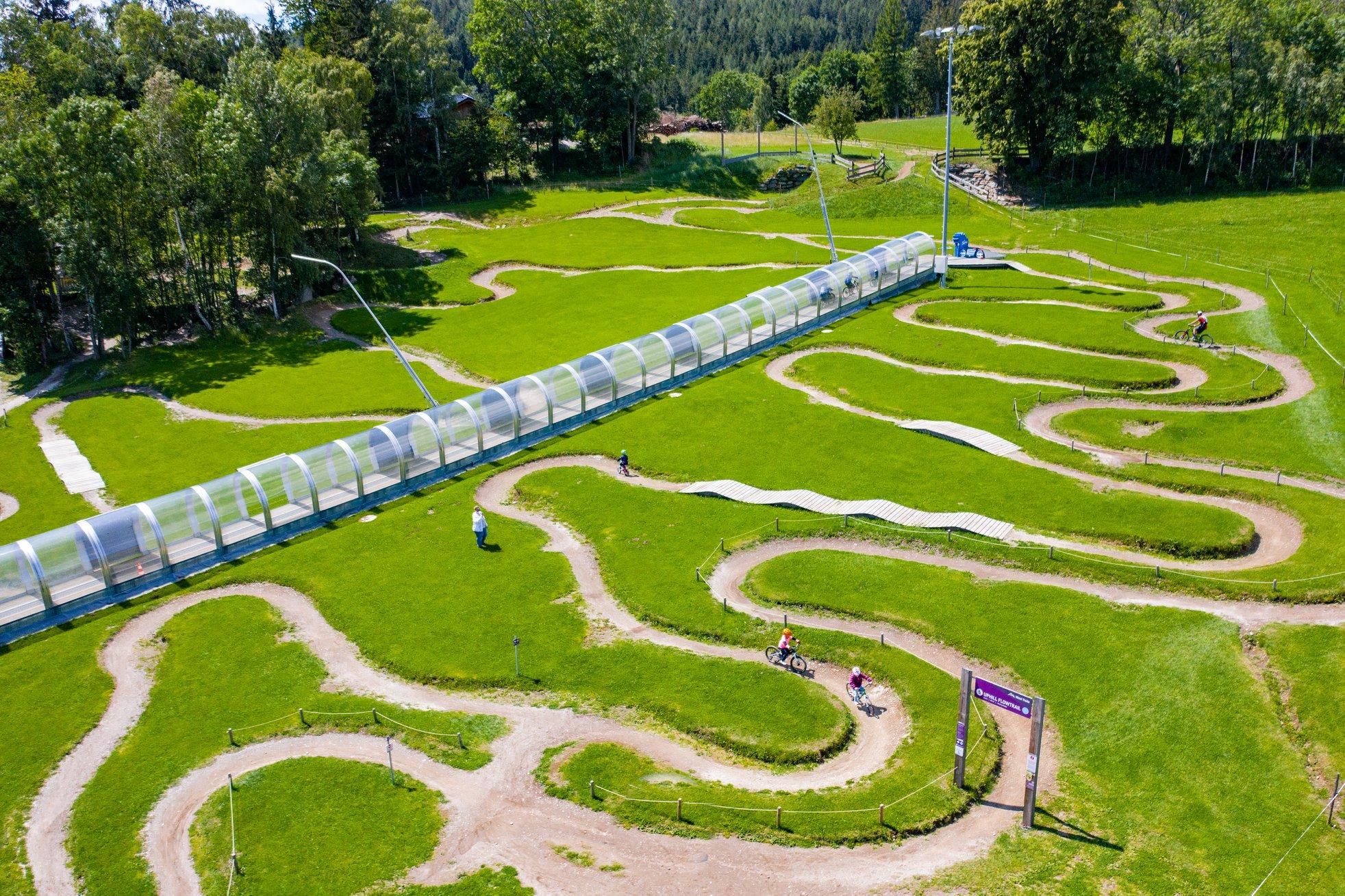 Teleschi pentru biciclete. Cum gestionează o stațiune montană austriacă schimbările climatice