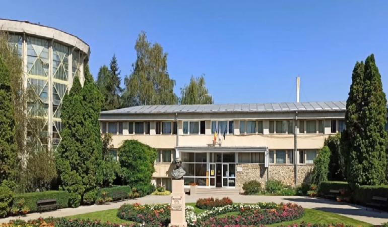 """Locuri de poveste din România: Grădina Botanică """"Anastasie Fătu"""" Iași"""