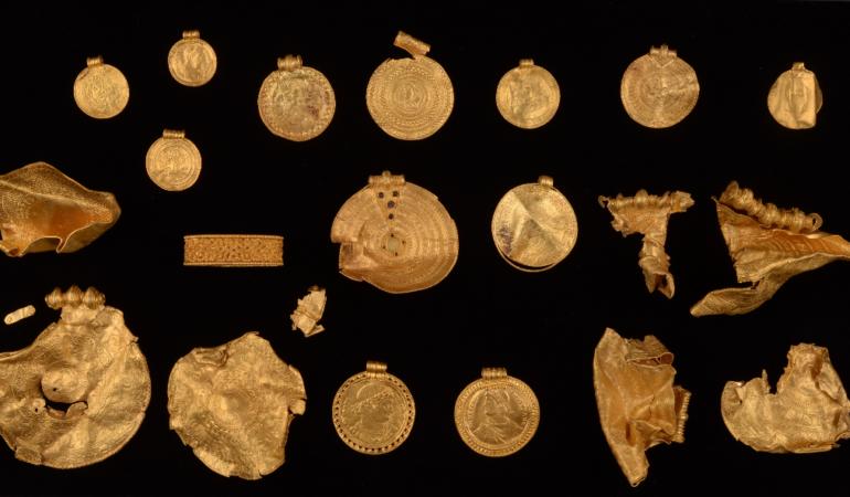 O comoară veche de 1.500 de ani a fost descoperită de un arheolog amator
