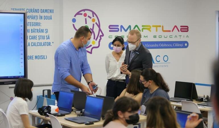 Proiectul SmartLab, educație digitală inteligentă pentru elevii din mediul rural