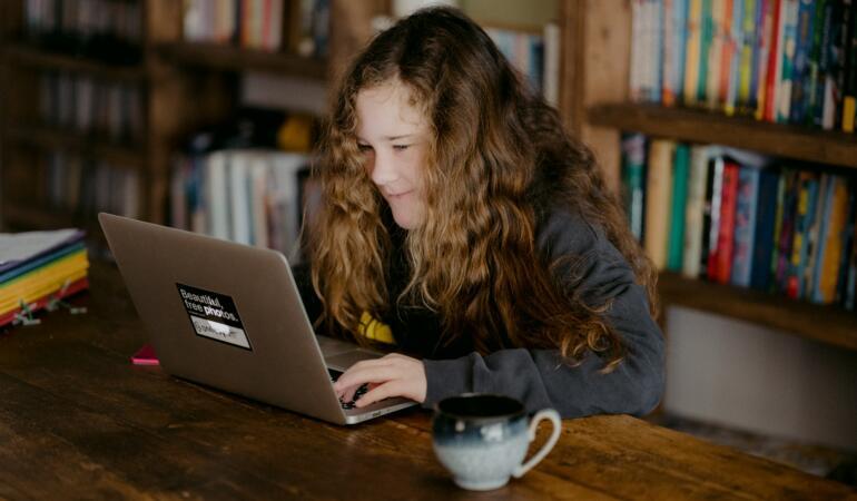 Google devine oficial instrument școlar. Iată noutățile